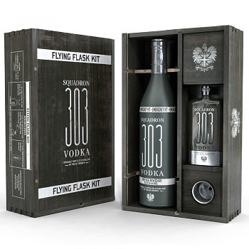 Squadron 303 Vodka dárková kazeta FLYING FLASK KIT 0,7l 40%