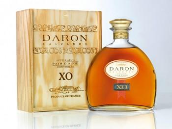 Daron XO Calvados - dřevěný box 0,7l 40%