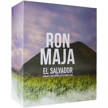 Maja Rum 8yo 0,7l 40% + dárková kazeta 2x sklo
